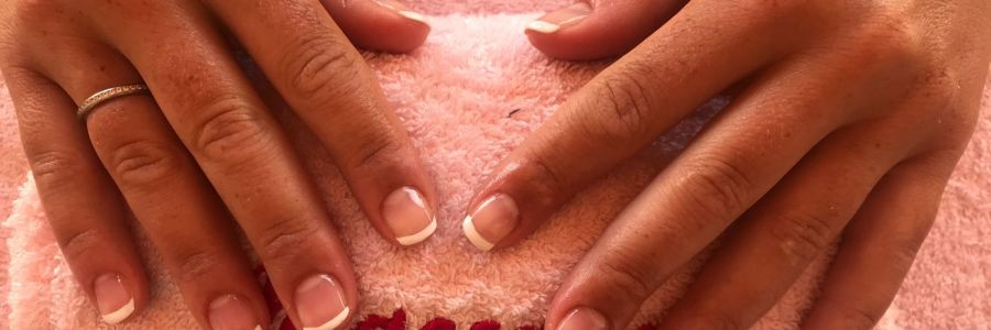 Deluxe manicure with massage beach